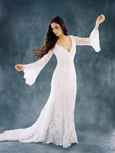 Bohemian Autumn Lace Fantasy Bat Sleeve Wedding Dress
