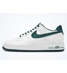Chaussures Nike Air Force 1 Low (Basse) Suede (Daim) Logo Femme Blanc / Vert-20