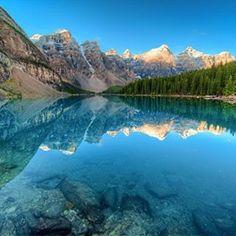 【syunki860】さんのInstagramをピンしています。 《#カナダ #公園#湖#山 #森林 #moraine-lake#バンフ国立公園  #倒影#自然 #写真 #Canada#park #lake#Mountain #forest#Morainelake#BanffNationalPark#Nature#Inversion #Photo#instagram  #instagood #prisma #facebook  #青#Blue #空#Sky》