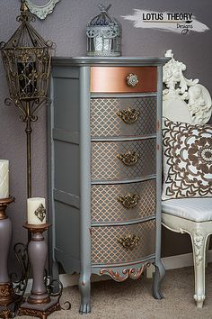 ©️️ Lotus Theory Designs Lexington lingerie chest painted in gray with rose gold accents. ©️️ Lotus Theory Designs Lexington lingerie chest painted in gray with rose gold accents. Funky Furniture, Refurbished Furniture, Paint Furniture, Repurposed Furniture, Furniture Projects, Furniture Makeover, Furniture Decor, Furniture Design, Metallic Furniture