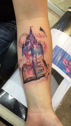 What does disney castle tattoo mean? We have disney castle tattoo ideas, designs, symbolism and we explain the meaning behind the tattoo. Diy Tattoo, Home Tattoo, Get A Tattoo, Wrist Tattoos For Women, Tattoos For Women Small, Small Tattoos, Trendy Tattoos, New Tattoos, Body Art Tattoos
