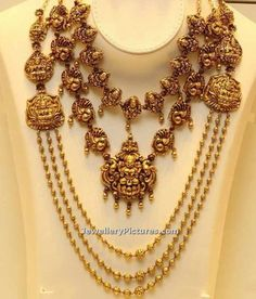 Antique Necklace - Page 2 of 22 Latest Indian Jewelry - Jewellery Designs Gold Temple Jewellery, Gold Jewellery Design, Gold Jewelry, Bead Jewellery, Flower Jewelry, Antique Necklace, Antique Jewelry, Antique Gold, Vintage Jewelry