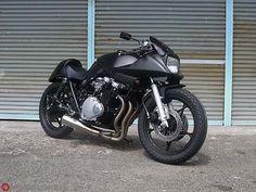 Monochrome Katana http://goodhal.blogspot.com/2013/03/nice-bike-002.html #Katana #Motorcycle #NiceBike #Suzuki