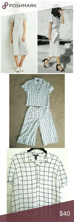 """F21 Grid Print Co-ord Grid patterned top and gaucho set. Bottoms are lined, have a zip fly, button and hook waist closure, side pockets, and front pleat detail, inseam about 18"""". Top is about 20.5"""" long from top center back to hem, unlined. White leans more off-white than a stark white.   Cover photo cred: popsugar.com, Instagram @c.praph Forever 21 Tops"""