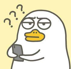 When people keep disturb me . Duck Wallpaper, Cute Pastel Wallpaper, Cute Disney Wallpaper, Cute Cartoon Wallpapers, Cute Cartoon Characters, Cartoon Icons, Duck Cartoon, Funny Duck, Little Duck