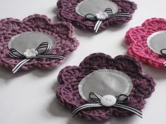 A blog about craftings and bits of everyday life. Diy Accessories, Decorative Accessories, Easy Handmade Gifts, Pacifier Holder, Crafts To Do, Colorful Flowers, Embellishments, Knit Crochet, Crochet Earrings