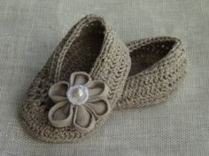 MADE TO ORDER - Linen Baby Girl Shoes, Baby Girl Gift, Christening/Blessing Baby Shoes. $16.90, via Etsy.