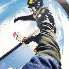 Back lip #selfie with #PossumTorr  #snowboard #snowboarders #snowboarder #snow #winteriscomming #neve #sitetheend #theend #snowboarders #boysonsnow