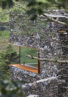 architecture - A modern retreat on the Isle of Man blends seamlessly with its rural context Architecture Today, Architecture Details, Landscape Architecture, Casa Top, Villa, Hillside House, Rural Retreats, Dry Stone, Stone Houses
