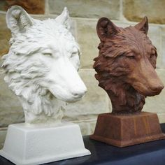 Cast Iron Wolf Head Statue in Rust or White