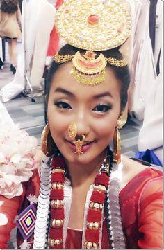 subin-limbu-typical-nepali-cultural-dress.-1.jpg (604×924)