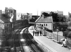 A photograph of the Great Western Railway and London & South Western Railway joint station at Easton. Portland Dorset, Disused Stations, Dorset England, Great Western, Isle Of Wight, Old Pictures, Abandoned, Beautiful Places, London