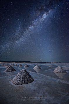 Salar de Uyuni, Bolivia                                                       …