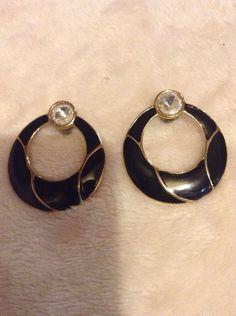 Vintage Black Earrings #288
