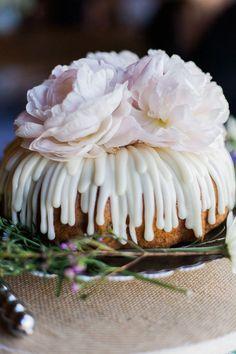 Wedding Cake Trends | For The Love of Bundt + Wedding Bundt Cake Recipe!