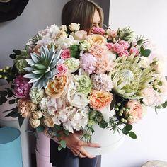 """8 Likes, 1 Comments - 💞Flor De Passion (@flordepassion) on Instagram: """"@dk_flowers_house 💓 Самые красивые букеты в Нижнем Тагиле 😍 и Екатеринбурге 💕 @dk_flowers_house 🌿"""""""