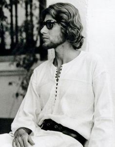 Yves Saint Laurent in Morocco wearing Moroccan Fashion