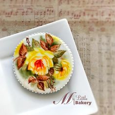 """Yellow Rose Cookie - cookie by Nadia """"My Little Bakery"""" Rose Cookies, Sugar Cookies, Paint Cookies, Yellow Roses, Cookie Decorating, Bakery, Hand Painted, Fruit, Ethnic Recipes"""