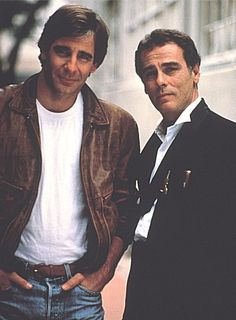 Scott Bakula and Dean Stockwell during their Quantum Leap days. I had a crush on Bakula as a teenager. Old Tv Shows, Movies And Tv Shows, Tv Actors, Actors & Actresses, Dean Stockwell, Image Film, Quantum Leap, Me Tv, Film Serie