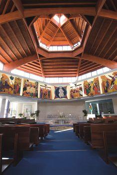 Con motivo de su festividad y el quinto aniversario de la inauguración del nuevo templo por parte de la parroquia que lleva su nombre, hemos querido acercarnos hasta el barrio de El Restón para conocer más de cerca su comunidad y la nueva iglesia