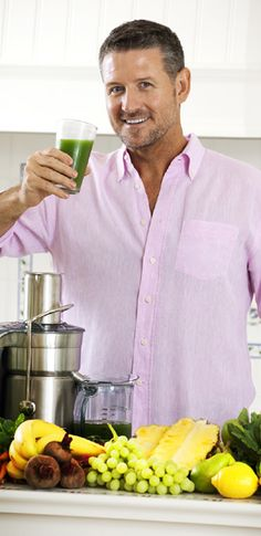 Joe Cross, leading the New Raw Juice Revolution to better health #juicing #juiceitup #joe #cross #fatsickandnearlydead #green #juice #health