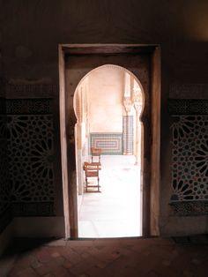 Fotografía: Maica Blasco - Granada- La Alhambra Granada, Oversized Mirror, Portugal, Furniture, Home Decor, Morocco, Grenada, Homemade Home Decor, Home Furnishings