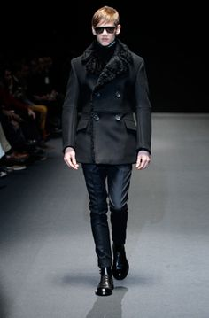 the perfect evening suit....  Gucci  Fall 2013