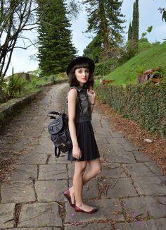 Look colete jeans customizado - Blog Ela Inspira / http://www.elainspira.com.br/let-it-go/