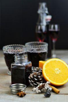 Mulled wine syrup, mulled wine and mulled wine liqueur - Glühwein Sirup, Likör und pur