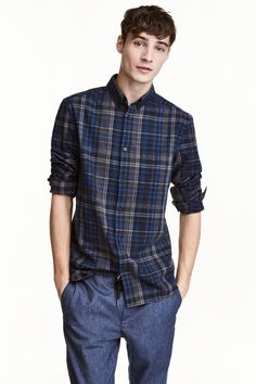 Long-sleeved shirt in soft, woven linen and cotton fabric. Button-down collar, chest pocket, yoke with pleat and locker loop at back, and Simple Shirts, Casual Shirts For Men, Men Casual, Blue Check, Kids Fashion, Men's Fashion, Fashion Online, Long Sleeve Shirts, Menswear