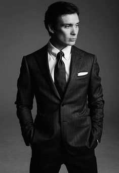 Hello, elegants in this video we will look at the top 5 most elegant actors in Peaky Blinders. This video brings you the best stylish actors in Peaky Blinders. We describe how they look in their real life and some style tips you can learn from them. Cillian Murphy Inception, Cillian Murphy Kids, Cillian Murphy Beard, Cillian Murphy Movies, Gorgeous Men, Beautiful People, Sarah Dunn, Joe Cole, Cillian Murphy Peaky Blinders