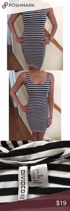 H&M Stripped Bodycon Dress✨EUC Barely worn. No piling or discoloration. Womens size xs fits true to size. Great for shorter women, petite size. Please make reasonable offers only! H&M Dresses Mini