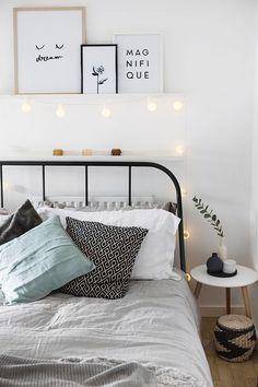 Textiles para decorar las habitaciones de tu hogar #hogar #decoración #tejidos #textiles #alfombras #mantas #cojines #invierno #frío #habitación #dormitorio #estilo #nórdico #escandinavo #home #negro #blanco #luces www.hogardiez.com