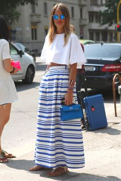This striped full length skirt and  crisp white top work well together, translating into the coming warm, windy days in Cape Town.  You won't need to worry that your skirt will fly in the south easter  being this length!