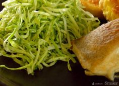 Seaweed Salad, Spaghetti, Ethnic Recipes, Food, Meals, Yemek, Noodle, Eten