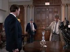 Columbo presents all the evidence to the suspected killer and finally make an arrest for suspicion of murder. The greatest detective in action! Columbo Peter Falk, Amsterdam, Ash, King, Girls, Youtube, Gray, Toddler Girls, Daughters