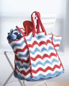 Patriotic Ripple Bag - Free Crochet Tote Bag Pattern
