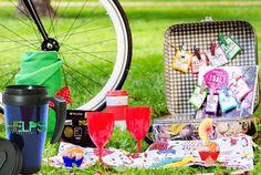 ¡¡Venga que ya es viernes!! Ya tenemos la maleta, la bici y el travel mug de HELPS listos para irnos de picnic nada más salir de trabajar. Ah, ¿que no tenéis aún el travel mug de HELPS? Pero si os lo damos de regalo!!! Mirad en www.storepharmadus.com :) #mug #travelmug #summer #summertime #verano #picnic #teatime #friday #happyfriday #weekend #friends #amigos #fun #tealovers #shopping #shoppingonline