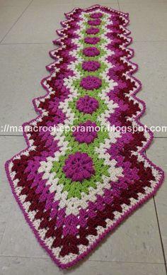 Crochet Flower Patterns, Crochet Doilies, Crochet Flowers, Crochet Table Runner, Mary Kay, Table Runners, Crochet Projects, Blanket, Crochet Rug Patterns