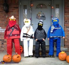 These are my four boys John (red or Kai), Joe (white or Zane), Will (black or Cole), and Seamus (blue or Jay) Keane. They are the four Lego Ninjago characters because they love to play with them. We took thick foam covered in colored duct. Lego Ninjago Halloween Costume, Diy Ninja Costume, Lego Costume, Comic Con Costumes, Ninjago Party, Halloween Costume Contest, Halloween Birthday, Halloween Costumes For Kids, Happy Halloween