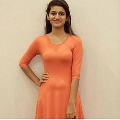 #flico #flicomovies #actress #bollywood #tollywood #kollywood #mollywood #Entertainment #image #photo #gallery #priyaprakashvarrier For more gallery images install flico app