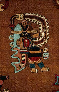 Mantle  Paracas  100-200 AD
