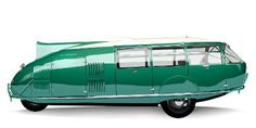 Norman Foster recreated Buckminster Fullers Dymaxion car from 1933. Originally it had a top speed of 120 MPH, and gas efficiency of 30 miles per gallon. Could transport 11. What a cool family vehicle