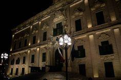 Non so perché hp saltato questa Σ() #nikonitalia #nikon #photooftheday #vscocam #vsco #d5300 #malta #valletta #travel #night #instagood #maltaphotography #visitmalta #architecture #building #arquitectura #architect #light #collettivoitalia