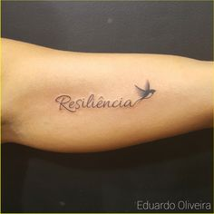 Tatuagem Resiliência / Pássaro – EDUARDO TATTOO (16) 3610-2146