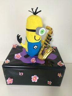 Minion trompet Sinterklaas surprise www.sinterklaassurprises.jouwweb.nl