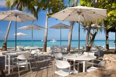 Couples Swept Away - lunch is always better on the beach!