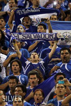 Afición salvadoreña  Sports Photography? info@silverlightsv.com
