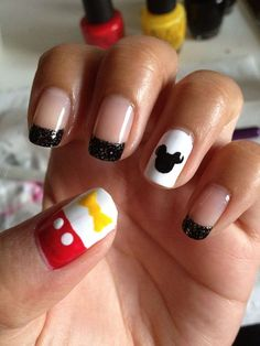 Disney DIY: Mickey Fantasmic! inspired nails.