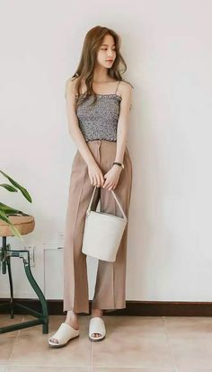 new Ideas for clothes korean kpop chic dress Korean Fashion Trends, Korean Street Fashion, Korea Fashion, Asian Fashion, Girl Fashion, Womens Fashion, Chic Outfits, Trendy Outfits, Fashion Outfits